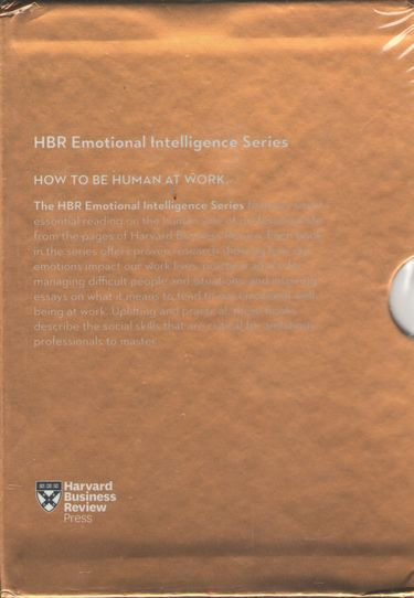 HBR+Emotional+Intelligence+Boxed+Set+%286+Books%29+%28HBR+Emotional+Intelligence+Series%29 - фото 2